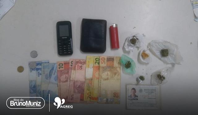 Jovem é detido com droga e motocicleta roubada em Santa Cruz do Capibaribe