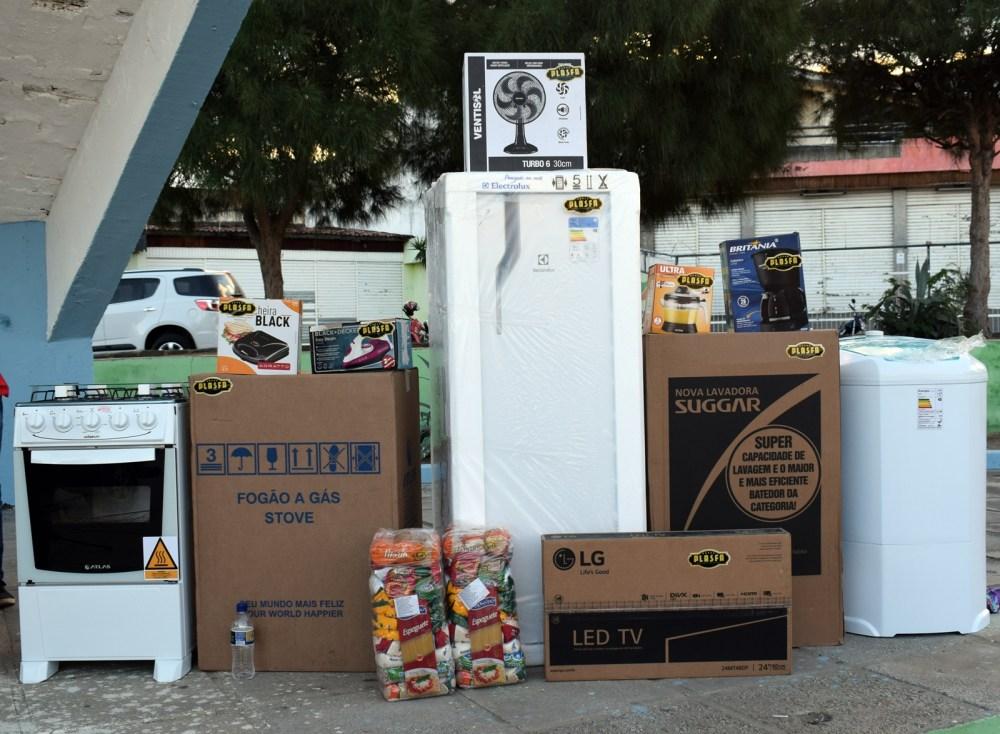 Funerária Anjos realiza mega sorteio com caminhão de prêmios