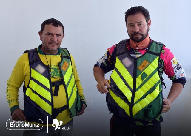 Mototaxistas de Santa Cruz do Capibaribe alegam descaso com a padronização da classe