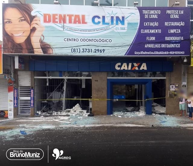 Santa Cruz do Capibaribe – Moradores saquearam agência após explosão, afirma polícia