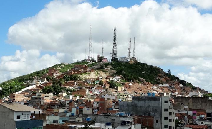 Jovem morre e garupa fica ferido em acidente motociclístico na zona rural de Caruaru, Agreste Pernambucano