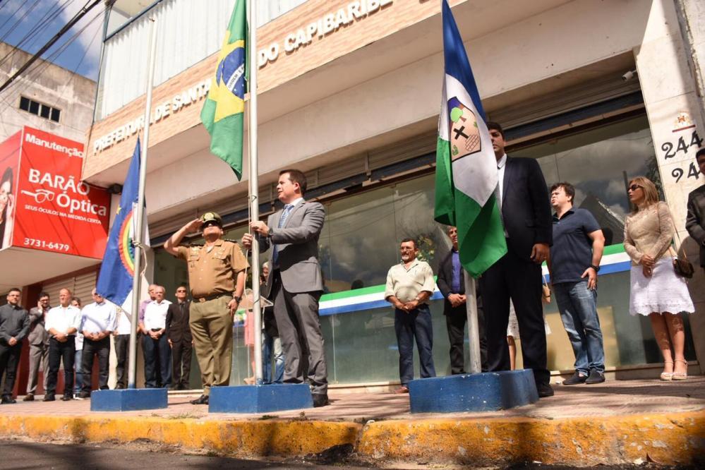 Hasteamento e inaugurações marcaram 65 anos de emancipação política de Santa Cruz do Capibaribe