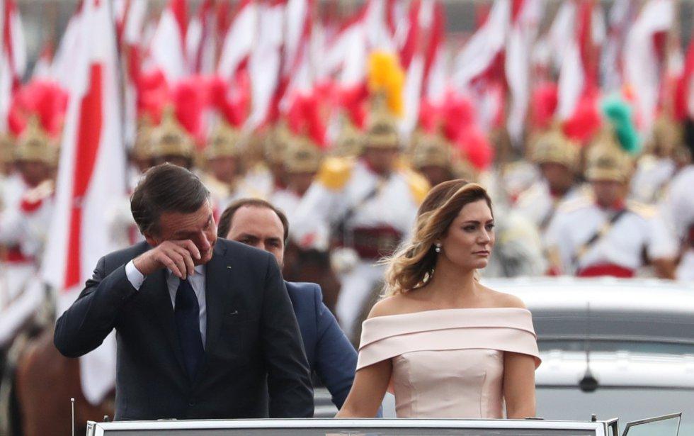 Posse de Jair Bolsonaro movimenta a programação das principais emissoras