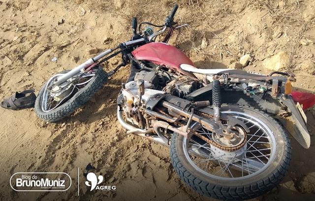 Caminhão colide em motocicleta e uma pessoa morre em Santa Cruz do Capibaribe