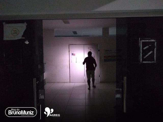 Constantes quedas de energia prejudicam atendimento da UPA, em Santa Cruz