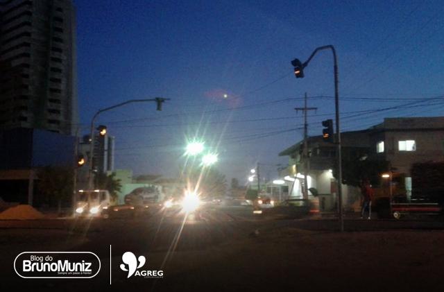 Semáforos da PE-160 voltam a apresentar problemas nesta sexta-feira (01)