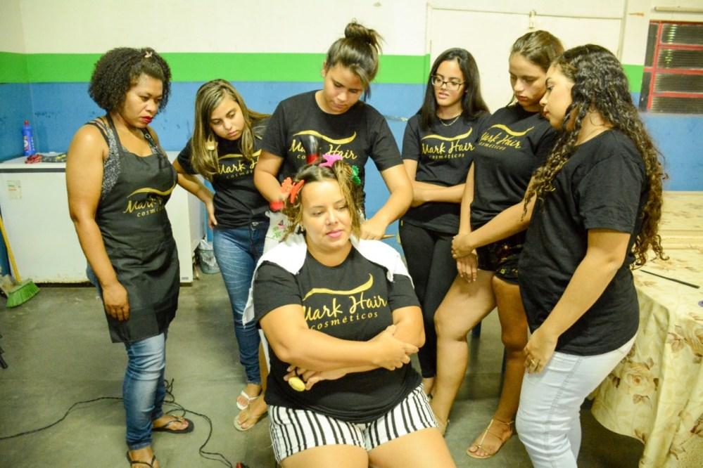 Curso de Cabeleireiro é realizado gratuitamente em Santa Cruz do Capibaribe