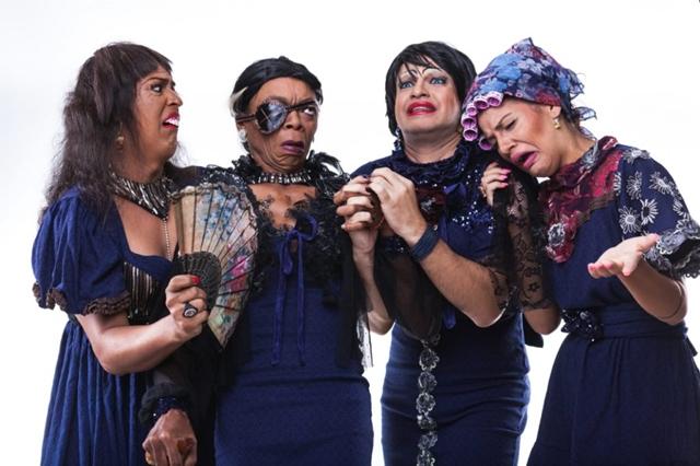"""Grupo teatral apresenta """"Coroas"""" em Santa Cruz do Capibaribe"""