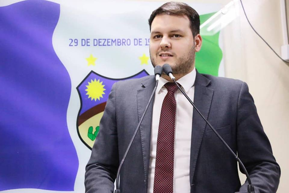 Augusto Maia faz comparativo de gestões e crítica atuais condições da Saúde em Santa Cruz do Capibaribe