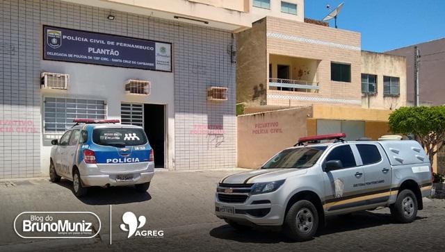 Detentos são levados a delegacia de Santa Cruz do Capibaribe após confusão
