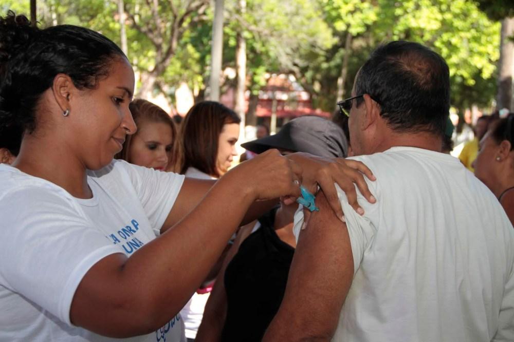 Influenza: vacinação aberta para mais de 2,6 milhões de pernambucanos