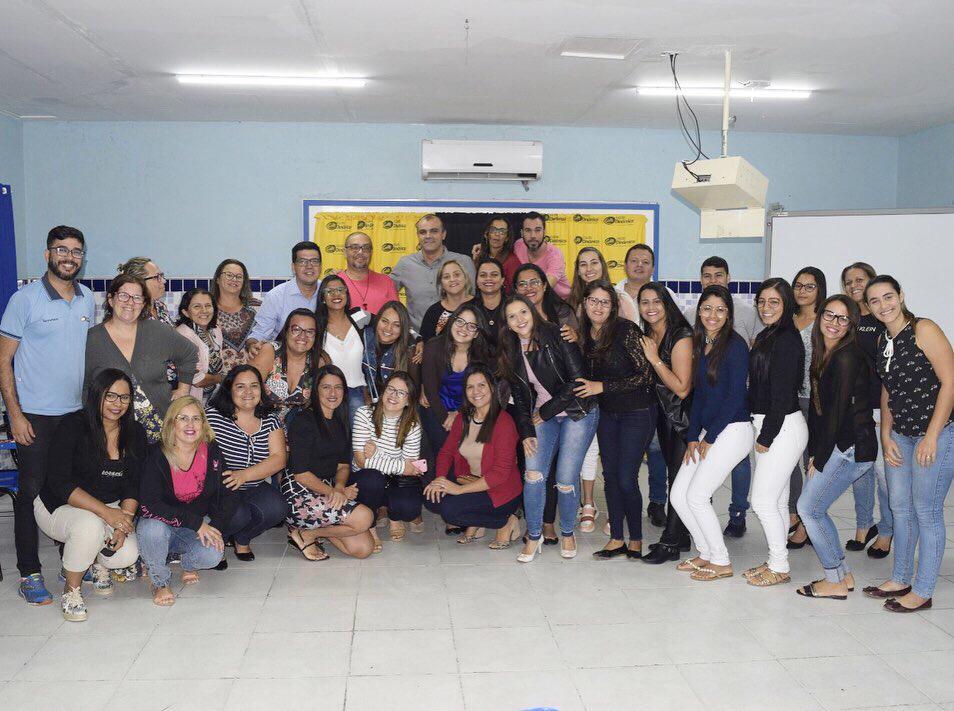 Professores da Escola Dinâmica participam de palestra sobre relações humanas