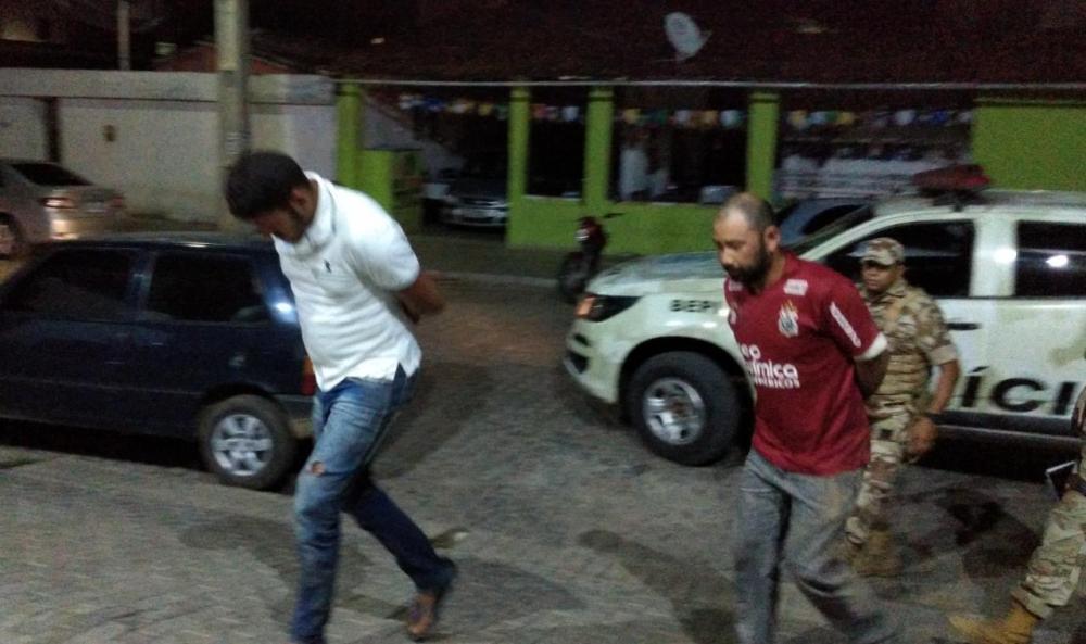 Polícia prende suspeitos de tráfico em Toritama
