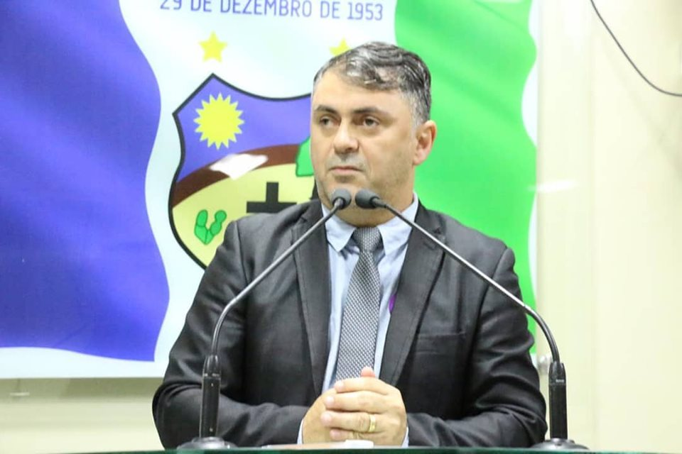 Vereador Marlos volta a cobrar reativação do Matadouro Público do município