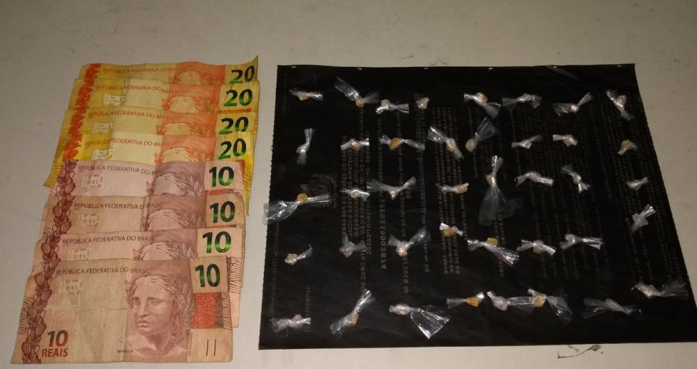 Polícia intercepta ponto de comercialização de drogas em bar de Santa Cruz do Capibaribe