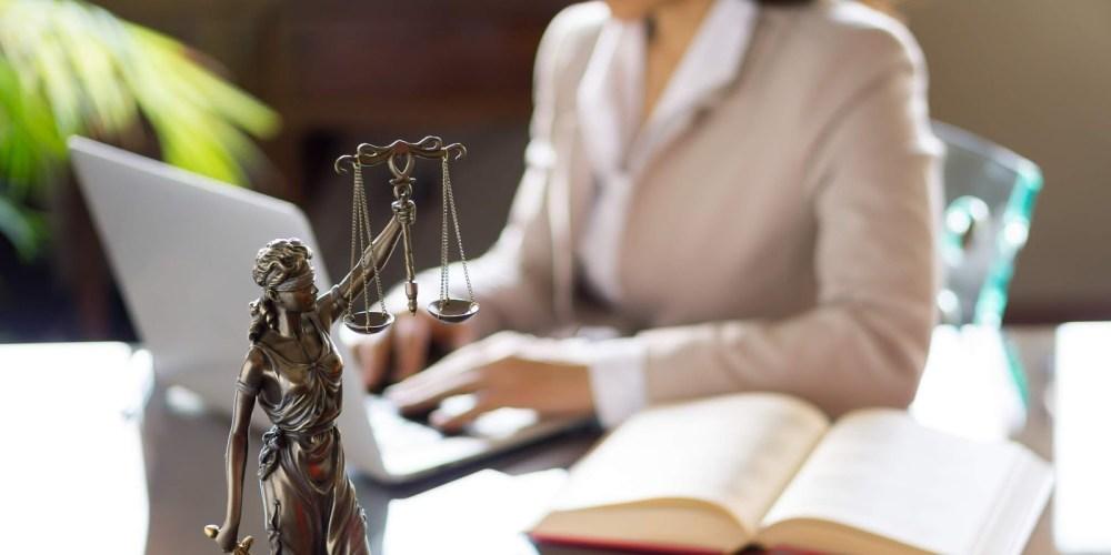 Número de cursos de Direito no Brasil é maior do que a demanda local, de outros países e até continentes juntos