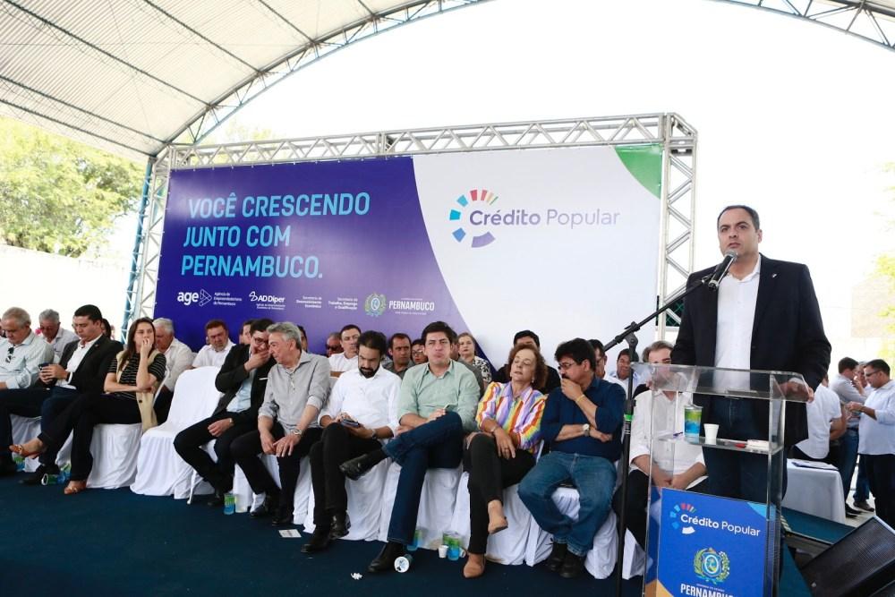 Paulo Câmara lança programa de oferta de crédito para microempreendedores