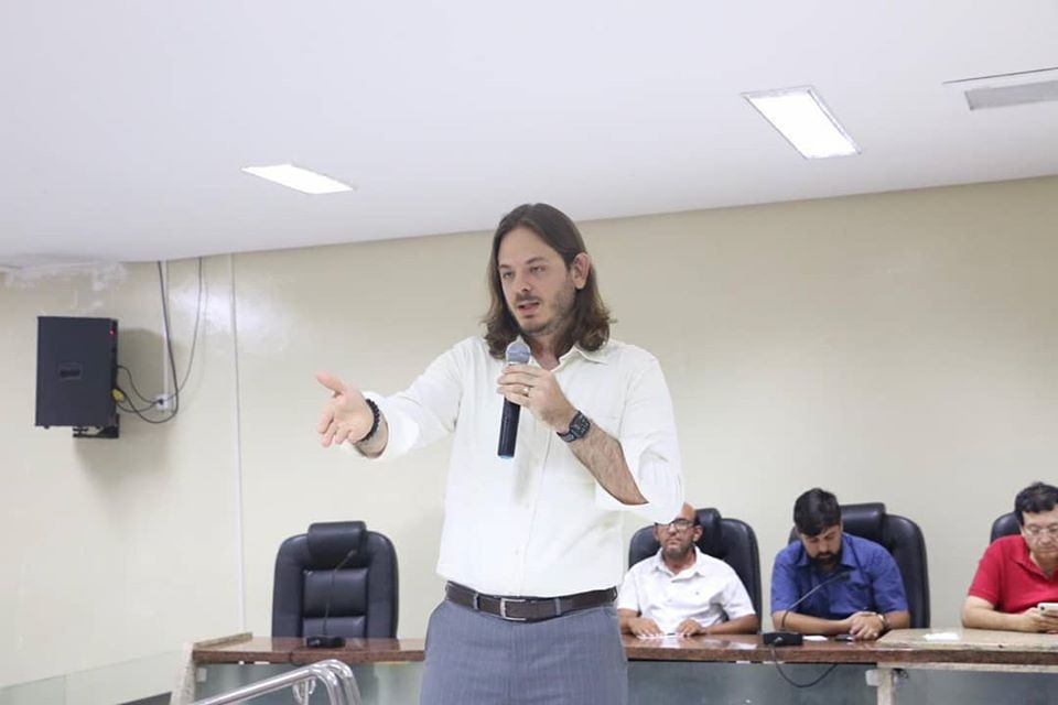 Audiência pública para debater abastecimento de água é realizada em Santa Cruz do Capibaribe