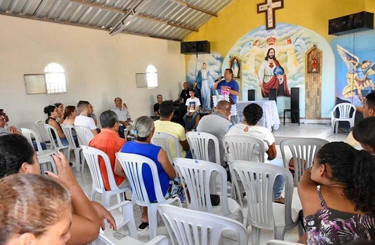 Católicos realizam retiro no Sítio Damásio, em Santa Cruz do Capibaribe