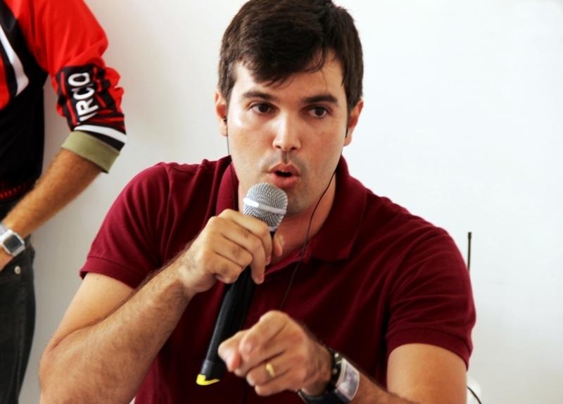 No 'Oposição em Ação', Helinho Aragão diz estar pronto para disputar cargo de prefeito