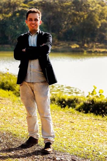 """""""A quarentena e sua mente"""" — Entrevista com o Dr. Fellype Freitas, psiquiatra"""