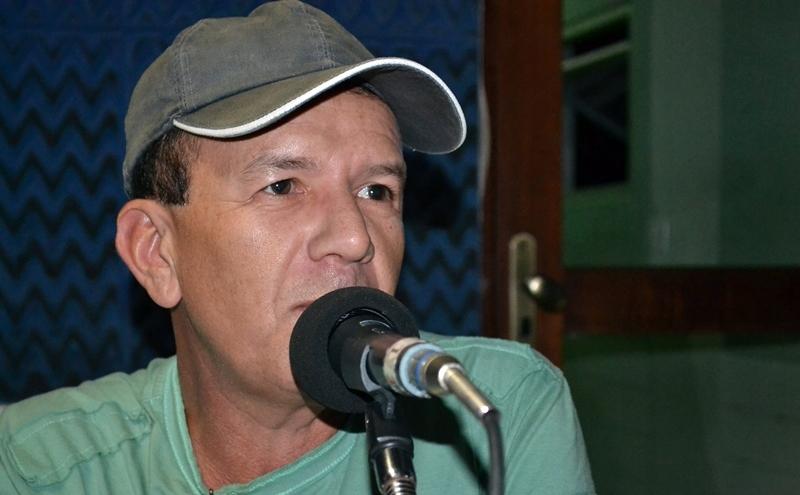 Apesar de robusta campanha da Polo FM contra o Covid-19, comentarista Hildo Teixeira insiste na minimização do problema