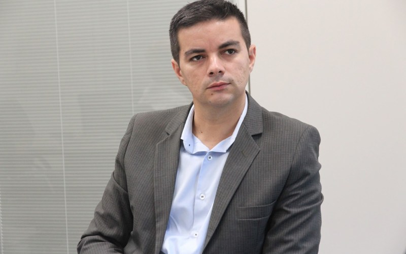 """""""Há uma guerra de governadores querendo derrubar o presidente"""", dispara Allan Carneiro"""