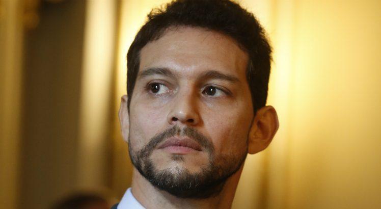 Secretário de Defesa Social de Pernambuco, Antonio de Pádua, testa positivo para coronavírus