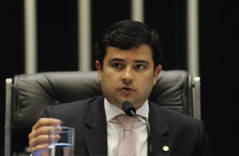 Eduardo da Fonte solicita a Paulo Câmara retomada das obras da PE-83
