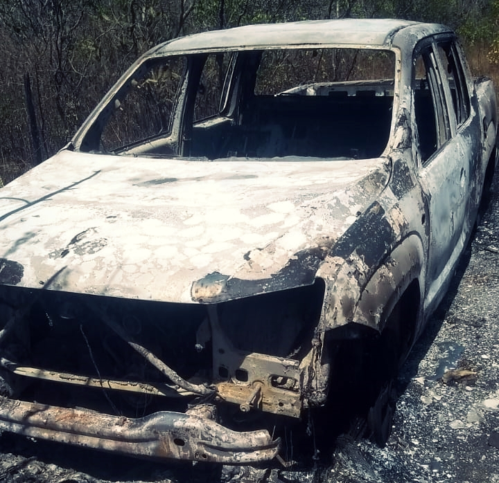 Corpo carbonizado é localizado no interior de veículo em Taquaritinga do Norte