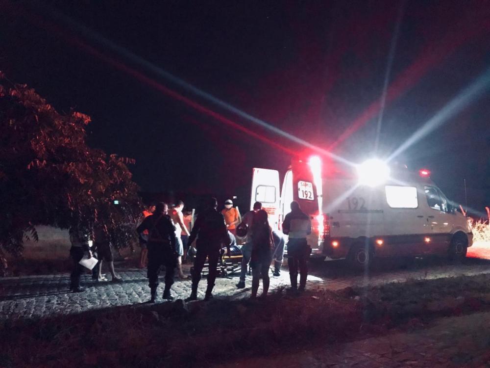 Homem fica ferido após acidente no acesso à Malhada, em Santa Cruz do Capibaribe