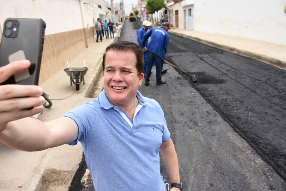 Em ação, Edson Vieira é acusado de abuso de publicidade institucional em favor do pré-candidato Dida de Nan