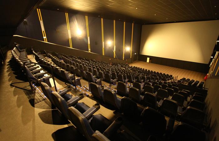 Pernambuco anuncia retorno de cinemas, teatros e eventos sociais; confira cidades e protocolos