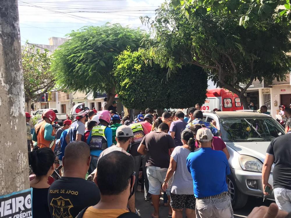Mulher morre em grave acidente no centro de Santa Cruz do Capibaribe