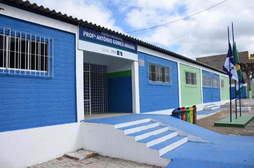 TCE aponta que prefeitura de Santa Cruz do Capibaribe não adequou escolas para aulas presenciais