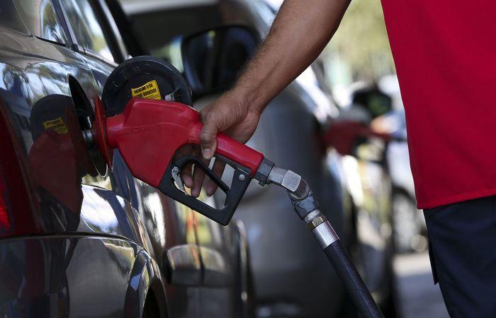 Petrobras anuncia aumento de mais de 8% na gasolina a partir de hoje