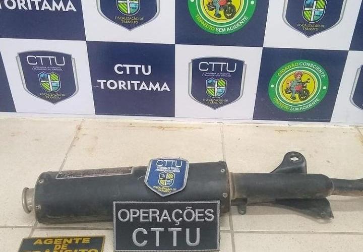 Em Toritama, operação apreende e retira de circulação canos de escapes adulterados