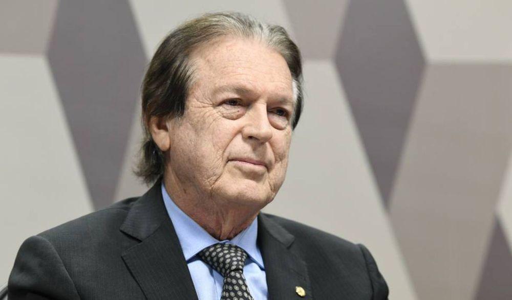 Luciano Bivar assume primeira secretaria da Câmara