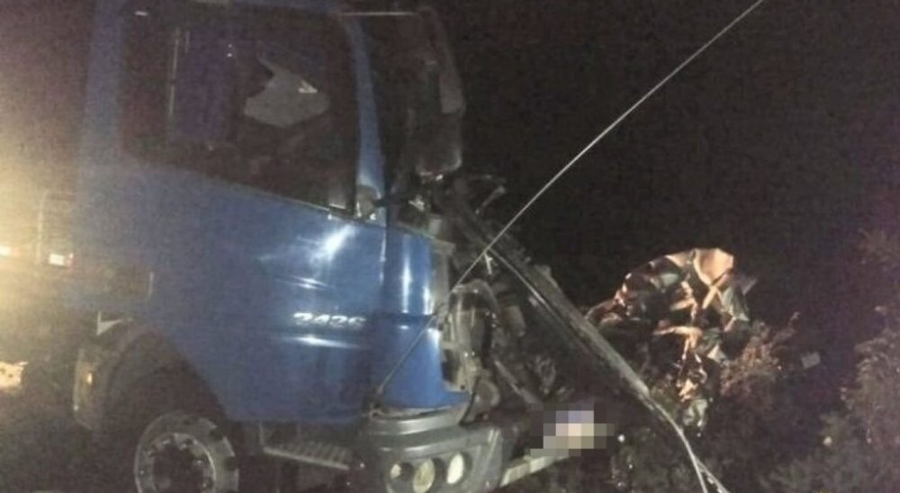 Seis pessoas morrem, entre elas uma grávida, em acidente na PE-360, em Floresta