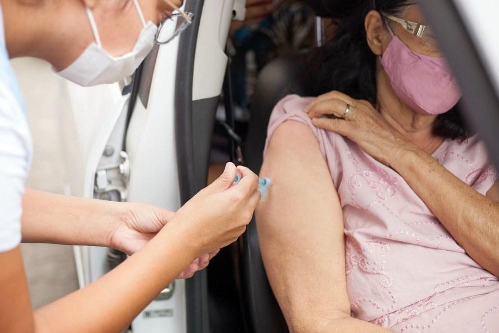 Prefeitura de Santa Cruz inicia vacinação contra a covid-19 para pessoas acima de 63 anos
