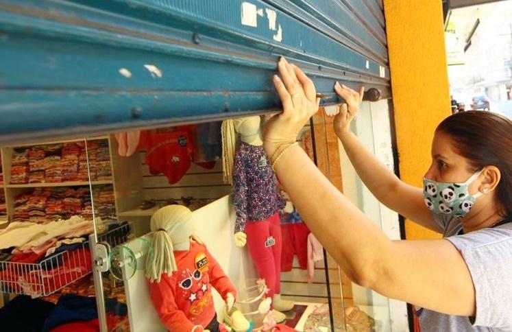 Comerciantes estão apreensivos com possível novo fechamento do comércio