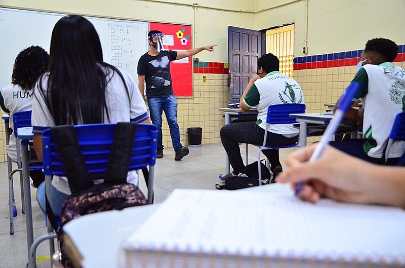 Cartilha do Caop Educação traz medidas de segurança para a comunidade escolar adotar no retorna às aulas presenciais