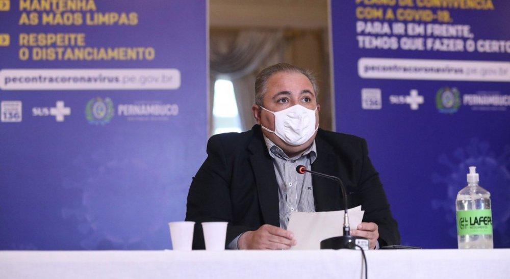 Governo de Pernambuco investiga possível nova variante da covid-19 circulando no Agreste