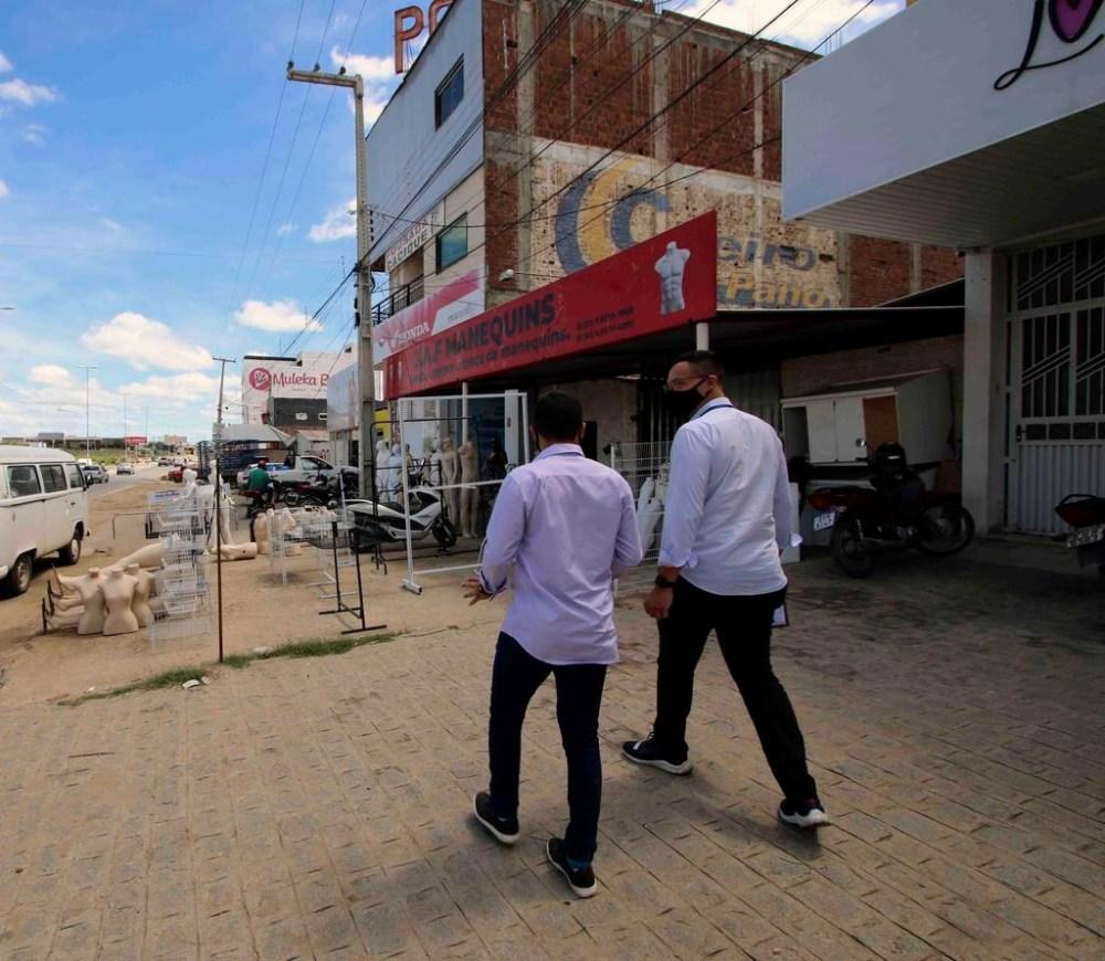 Santa Cruz dá início a Operação Calçada Limpa