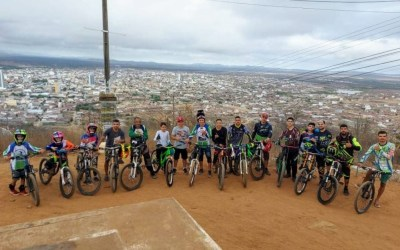 Equipe de Downhill de Santa Cruz do Capibaribe participará de competição em Gravatá