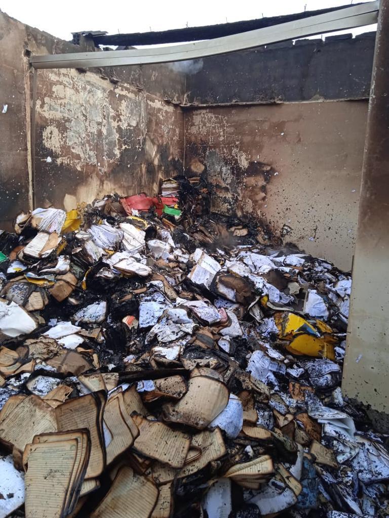 Prefeitura de Santa Cruz do Capibaribe emite nota sobre incêndio em depósito