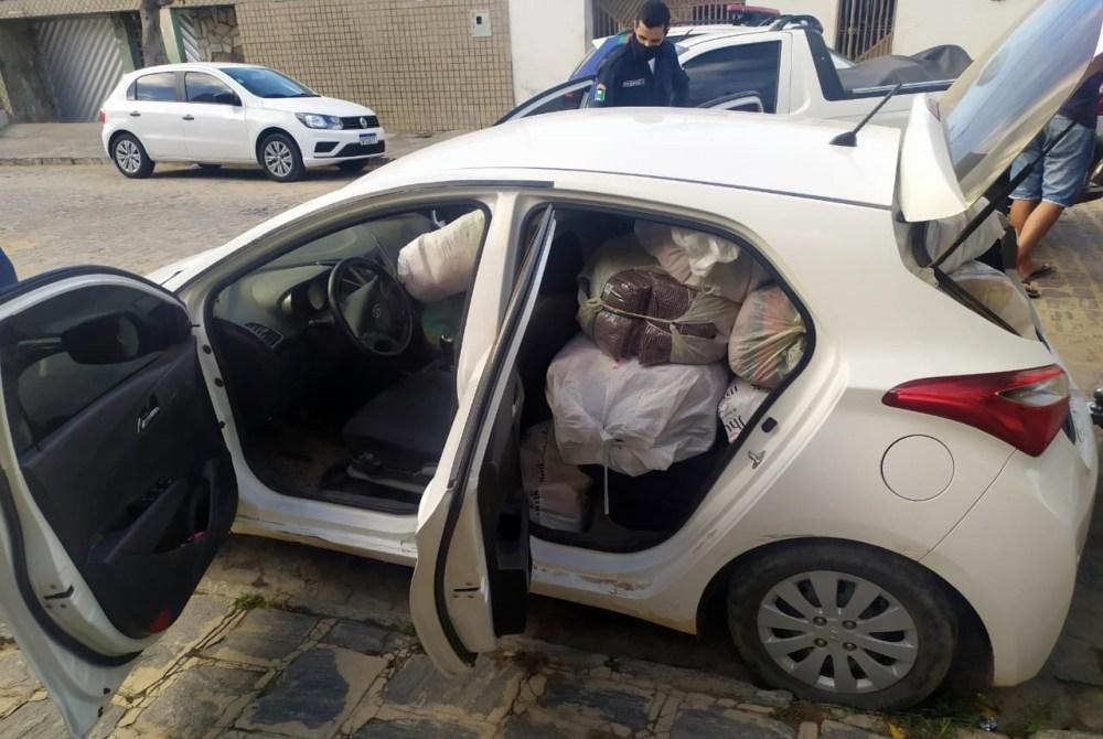 Criminosos são presos após roubarem veículo com mercadorias em Santa Cruz do Capibaribe
