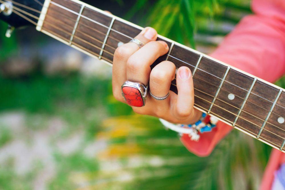Governo de Pernambuco libera música ao vivo nos bares, restaurantes e eventos