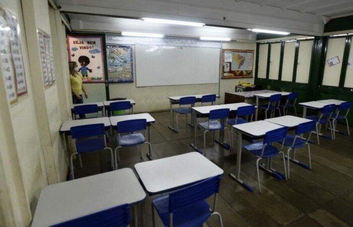 'Já temos cenário seguro para reabertura das escolas', diz ministro da Saúde