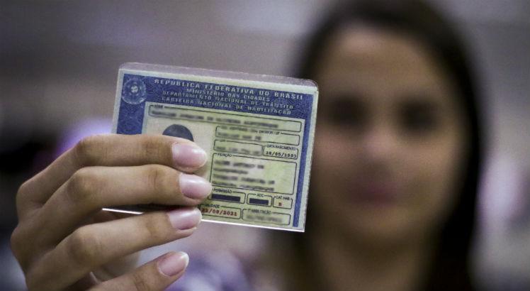 Agressores de mulheres poderão perder habilitação no Brasil